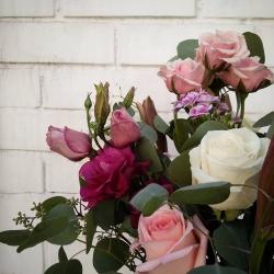 Buenos días a todos~ #floresenflorero #florerosdevidrio  #flower #flowerstagram