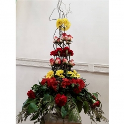 Vertical conformaciones #kikeleon #rosas #claveles #gerberas #alstromerias #crisantemo #ruscus #sauce